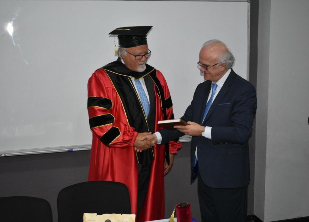 Remise Du Titre De Docteur Honoris Causa LUniversit Grigol Robakidze L